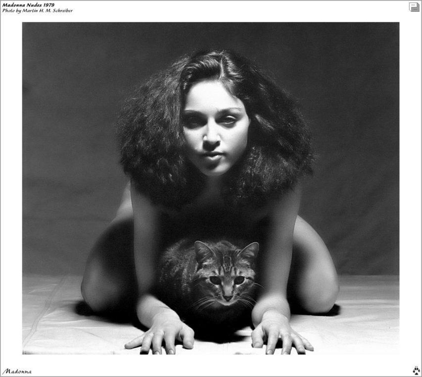 Madonna fekete-fehér aktfotó cicával - Martin H.M Schreiber fotóművész, 979